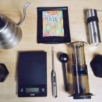 Kawa z Aeropressu, czyli jak zaparzyć dobrą kawę w domu?