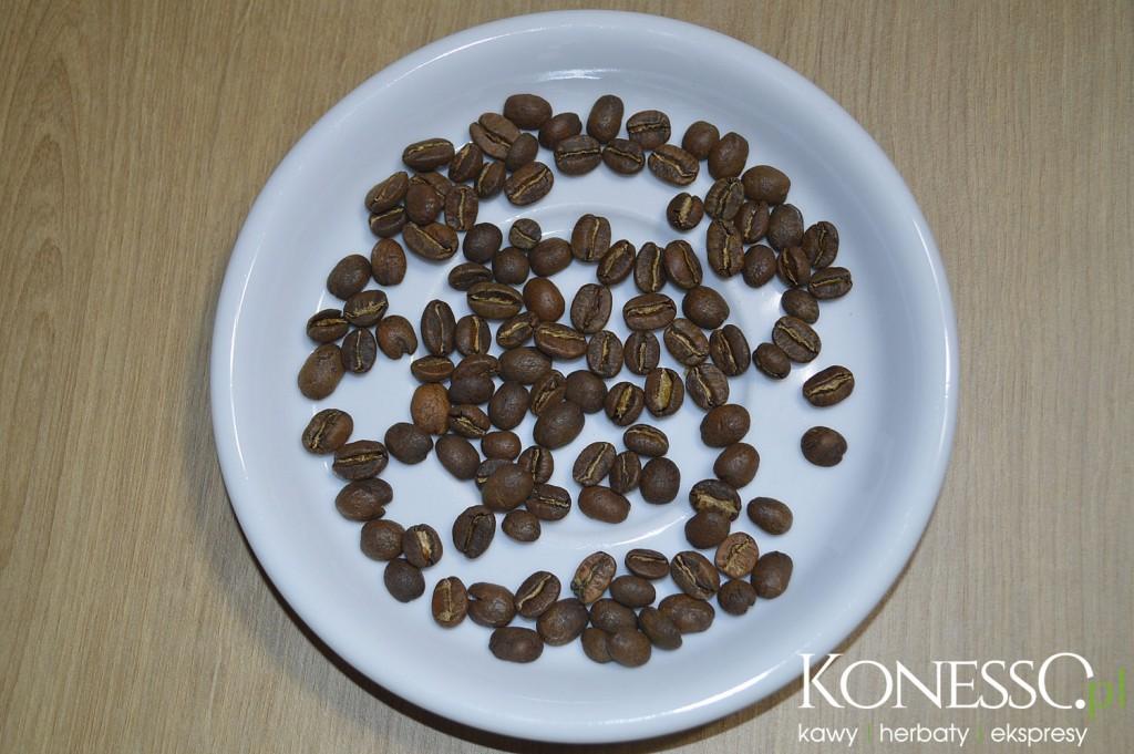 Do przygotowania kawy w aeropresie będziemy potrzebowali kawy